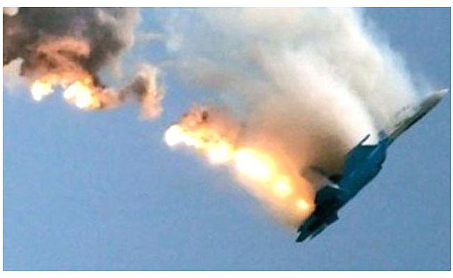 Ukrayna'da Eğitim Uçuşundaki Savaş Uçağı Düştü!