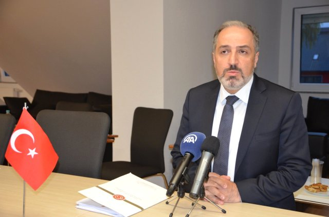 AK Parti İstanbul Milletvekili Yeneroğlu, İstifa Etti