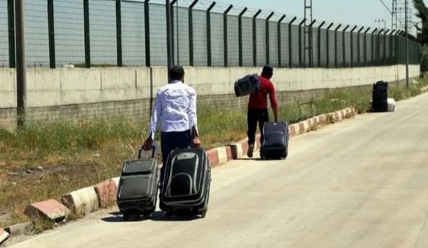 Suriyeliler Ülkelerine Gitmeye Başladı
