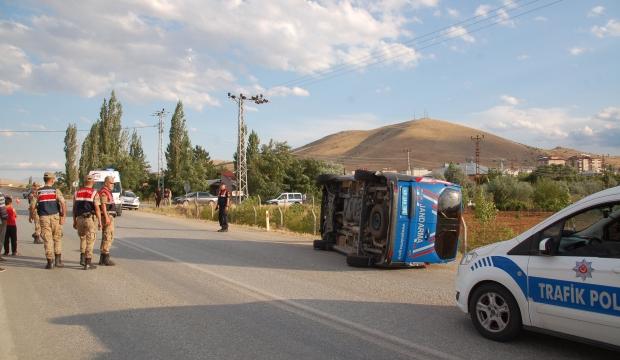 Kahramanmaraş'ta İki Otomobil ile Askeri Araç Çarpıştı: 8 Yaralı