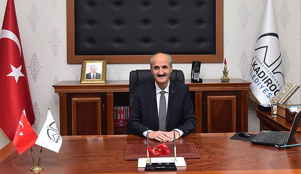 Okay:  Türk Milletinin Bağımsızlığına ve Hürriyetine Pranga Vurulamaz