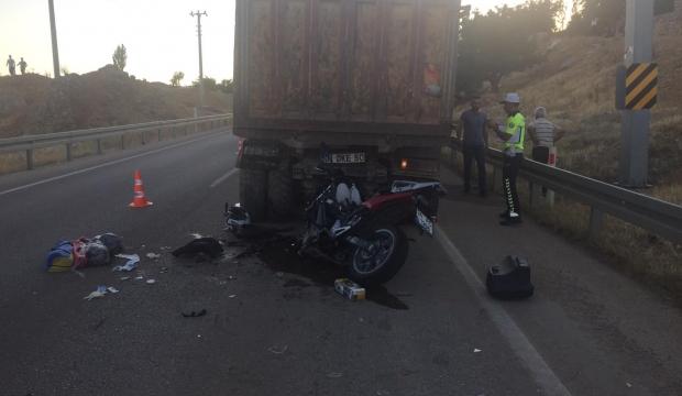 Kahramanmaraş'ta Ölümlü Kaza:Hafriyat Kamyonu İle Motosiklet Çarpıştı