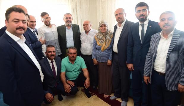 Mahir Ünal'dan Şehit ve Gazi Ailelerine Bayram Ziyareti