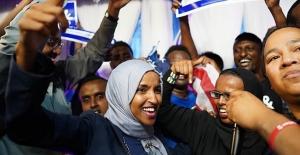ABD Temsilciler Meclisine Giren İlk Müslüman Kadın Üyeler