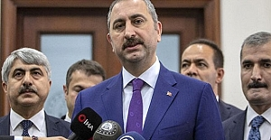 BakanGül Duyurdu; Teröristbaşı Öcalan'ın Görüşme Yasağı Kaldırıldı