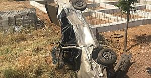 K.Maraş'ta Otomobil Tarlaya Devrildi:5 Yaralı