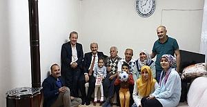 Necati Okay Vatandaşlarla Samimi İftar Sofrasında