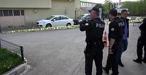 Taksici, Sıra Nedeniyle Tartıştığı Meslektaşını Başından Vurdu