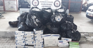 Adana'da Kaçak Sigarayı Kargoyla Getirmek İstediler