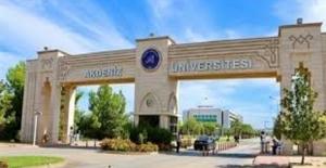 Akdeniz Üniversitesinde mezuniyet coşkusu