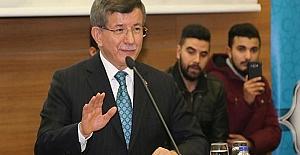 Davutoğlu, Yeni Bir Parti Kuracağı Yönündeki İddialara Son Noktayı Koydu