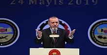 Cumhurbaşkanı Erdoğan K.Maraş'lı Şairi Andı